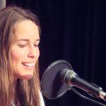 "Ana Stilwell canta ""Price Tag"" de Jessie J – Sem Palheta – RFM – 16 de Setembro"