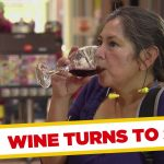 Apanhados – Limpar os copos com saliva
