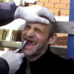 Como arrancar um dente à patrão