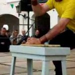 Como pregar um prego sem martelo