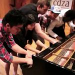Daft Punk – Daft Pianists – Cover de Get Lucky apenas ao piano