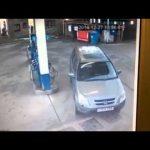 Fail – Como é que uma mulher atesta o depósito do carro