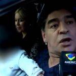 Maradona dá bofetada num jornalista