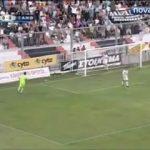 Na Grécia os árbitros dão uma mãozinha nos golos