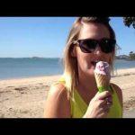 O problema de comer gelados na praia